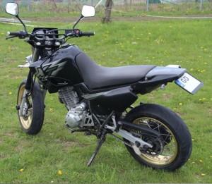 77-moto_2